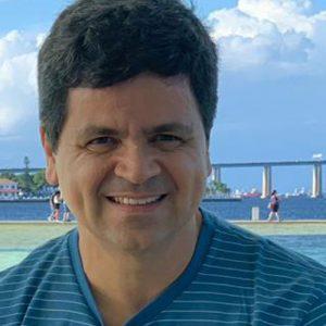 Dr. Fabio C. L. Almeida